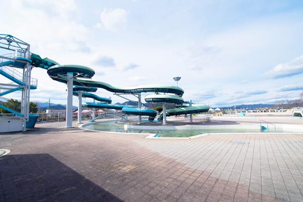 亀岡運動公園プール(かめプー)