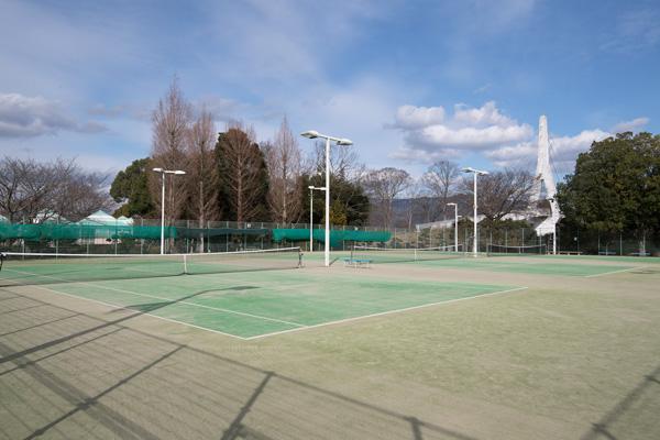 亀岡運動公園テニスコート